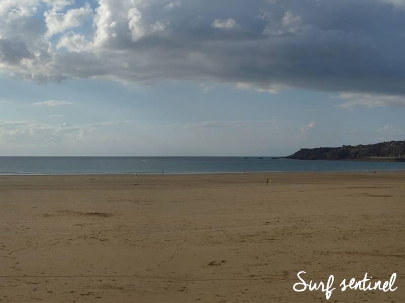 Photo du spot Caroual à Erquy : Prévisions de vagues en temps réel
