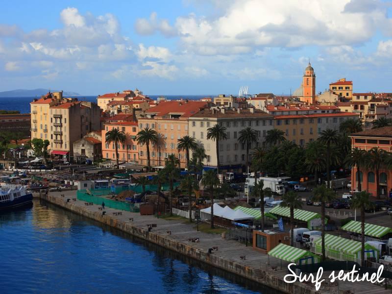 Photo de la ville Ajaccio : Prévisions de vagues en temps réel à Ajaccio