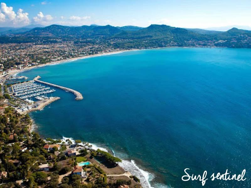 Photo du spot Les Lecques à Saint-Cyr-sur-Mer : Prévisions de vagues en temps réel