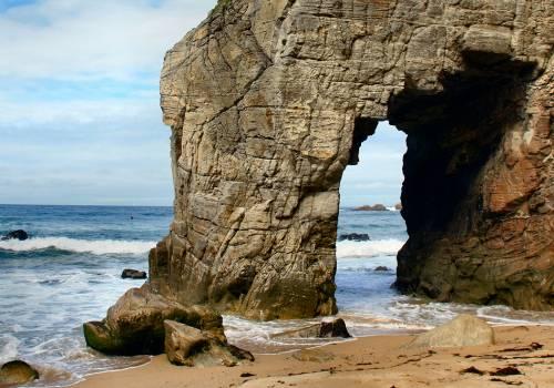 La célèbre arche de Port Blanc sur la presqu'île de Quiberon