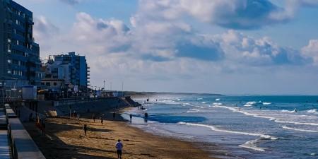 Météo des vagues et surf report sur le spot de surf de  La Grande Plage (Saint-Gilles) à Saint-Gilles-Croix-de-Vie, Vendée