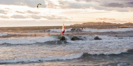 Météo des vagues et surf report sur le spot de surf de  Le Prado à Marseille, Bouches-du-Rhône